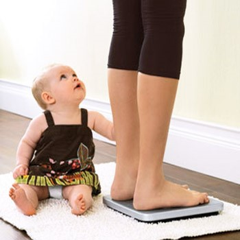 Giảm cân sau sinh 6 tháng quá gấp rút làm ảnh hưởng đến chất lượng sữa nuôi con