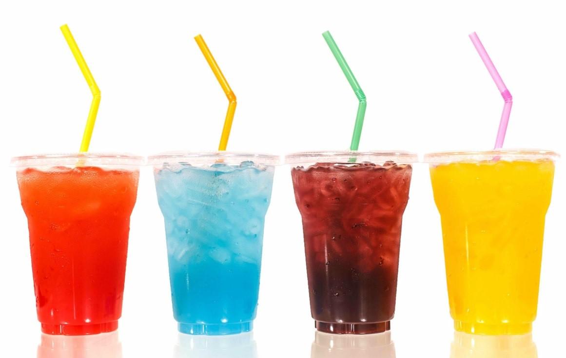 Nước ngọt có ga gây hại đến sức khỏe của mẹ cũng như thai nhi