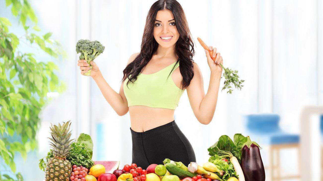 Cần có một chế độ ăn uống khoa học thay vì ăn kiêng quá mức vì như vậy sẽ ảnh hưởng xấu đến làn da