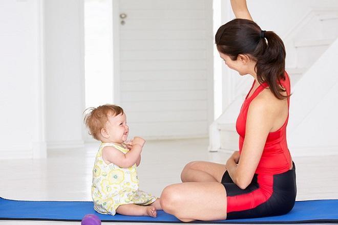 Những bài tập yoga đơn giản giúp cải thiện làn da cũng như vóc dáng của mẹ