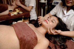 Chăm sóc da mặt bầu là việc cần thiết